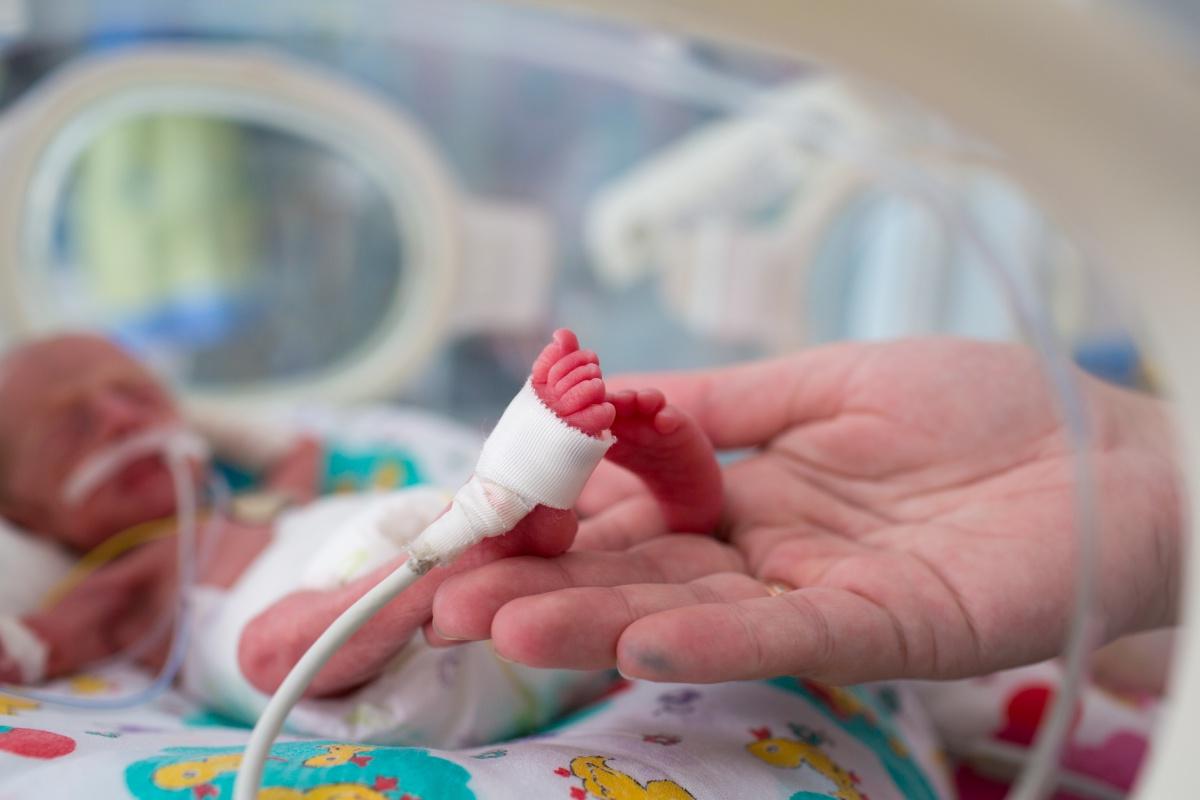Kada se rođena beba smatra za nedonošče i koje su opasnosti prevremenog rođenja? - Bebac.com